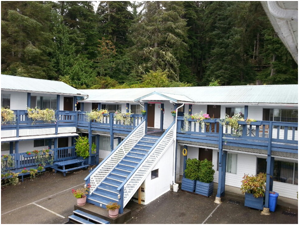 Motel (BC North) 2 hours from Vancouver by airplain